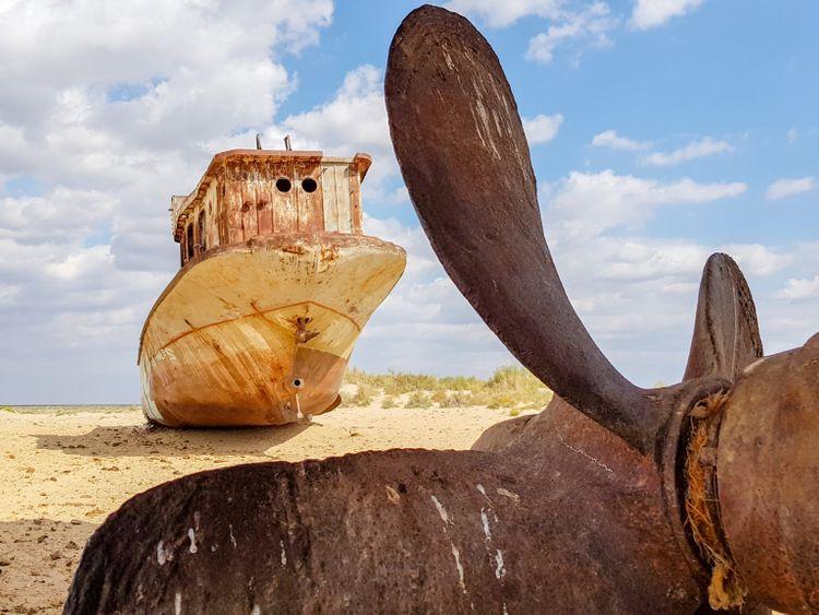 tab--ARAL-SEA-STORY-iStock-1064068316-1550062546032