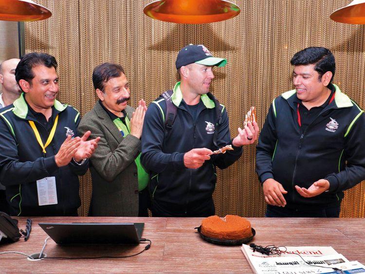 AB de Villiers cuts a cake