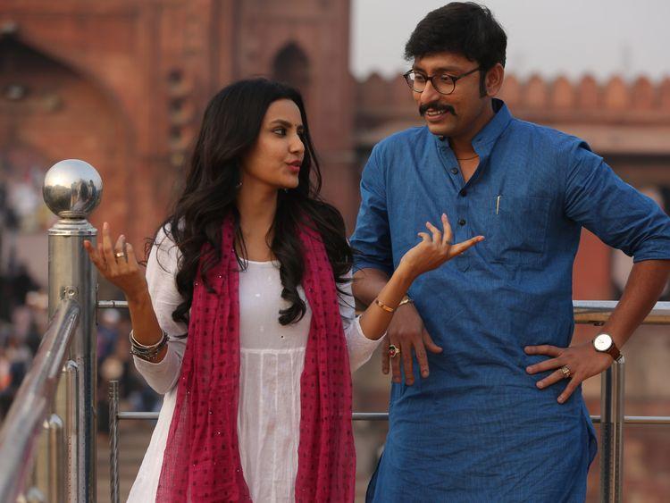 Priya-Anand-with-RJ-Balaji-1550646400012