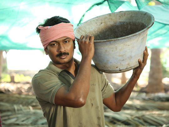 Udhayanidhi-Stalin-as-Kamala-Kannan-an-organic-farmer-in-Kanne-Kalaimaane-1550645992475