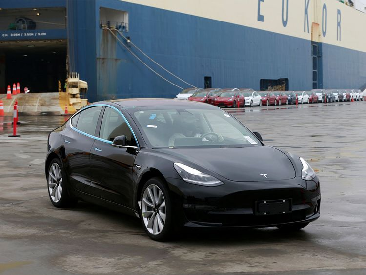 2019-02-22T072531Z_1436405275_RC192CFB0E90_RTRMADP_3_TESLA-MODEL-3-CHINA-(Read-Only)