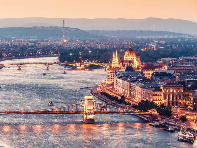 tab-Budapest-iStock-529131938-(Read-Only)