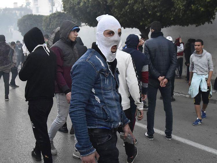 190223  Algerian protesters