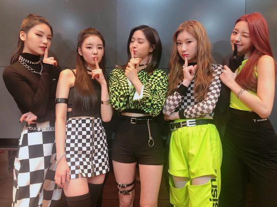 ITZY-at-M-Countdown-1550988804066