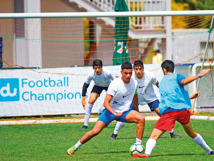 56 teams prepare for Du Football Champions semi-finals