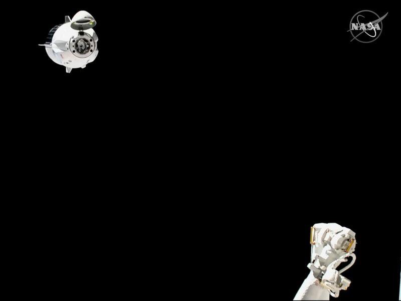 SpaceX_Crew_Capsule_46850
