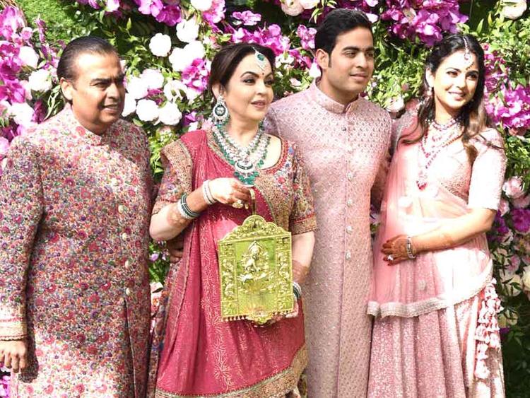 Copy-of-tab-Ambani-wedding13-1552214835904