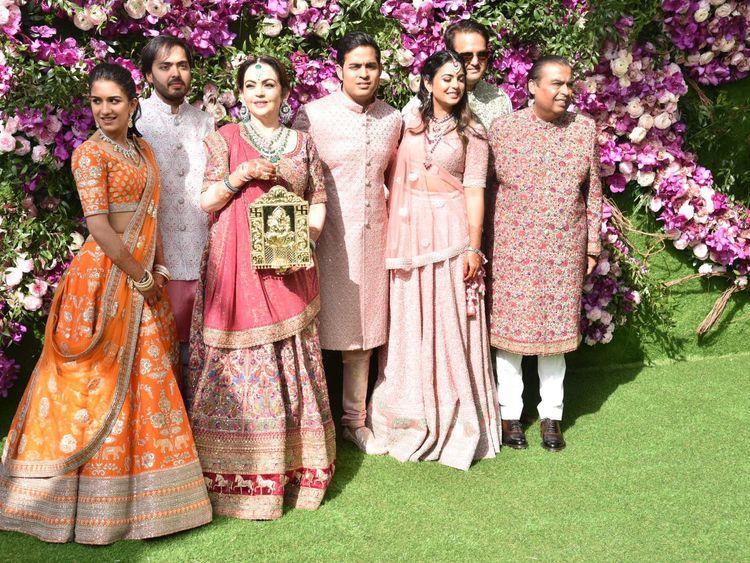 Copy-of-tab-Ambani-wedding16-1552214832285