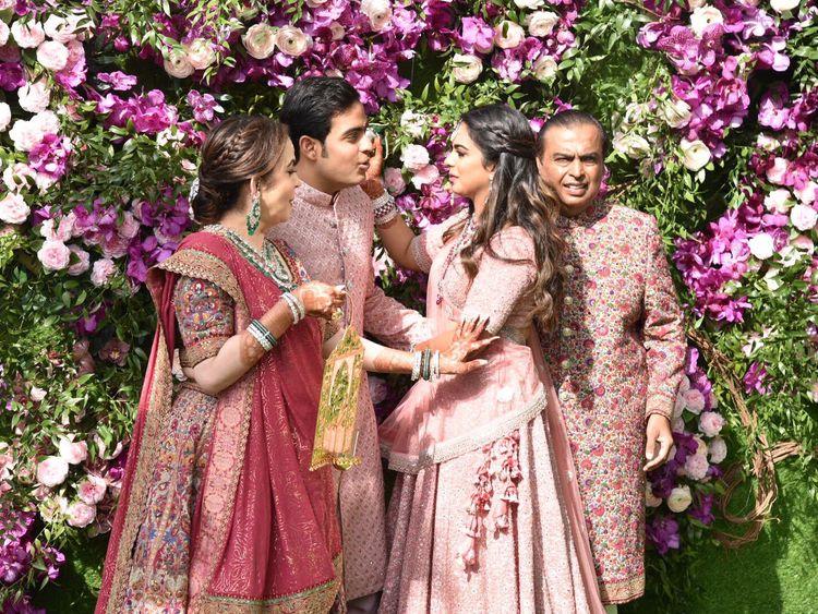 Copy-of-tab-Ambani-wedding18-1552214824484