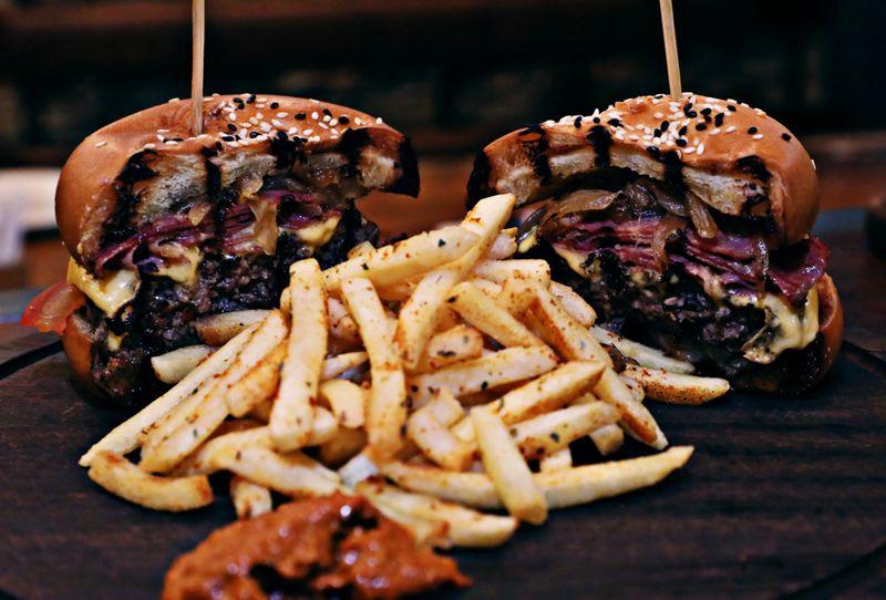 tab-190311-www-Burger-Gurkan-Sef-1552229156210