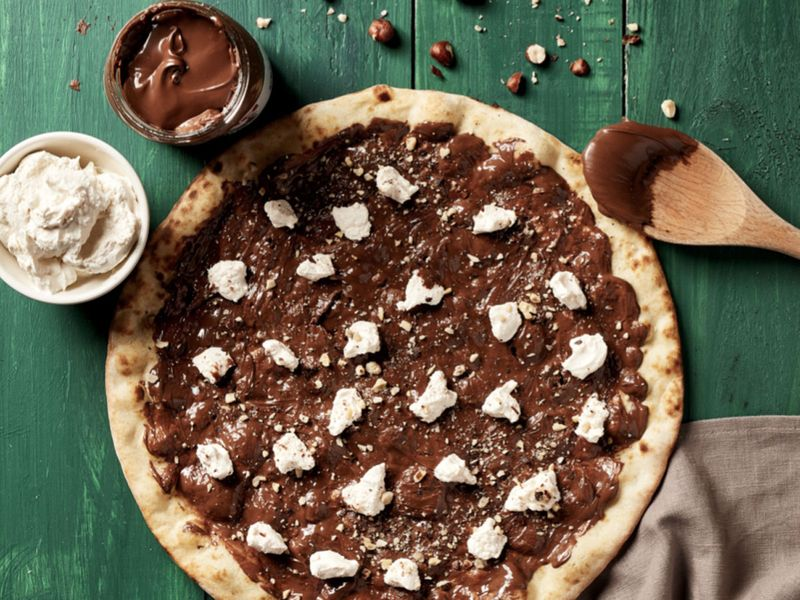 800 pizza Nutella Pizza