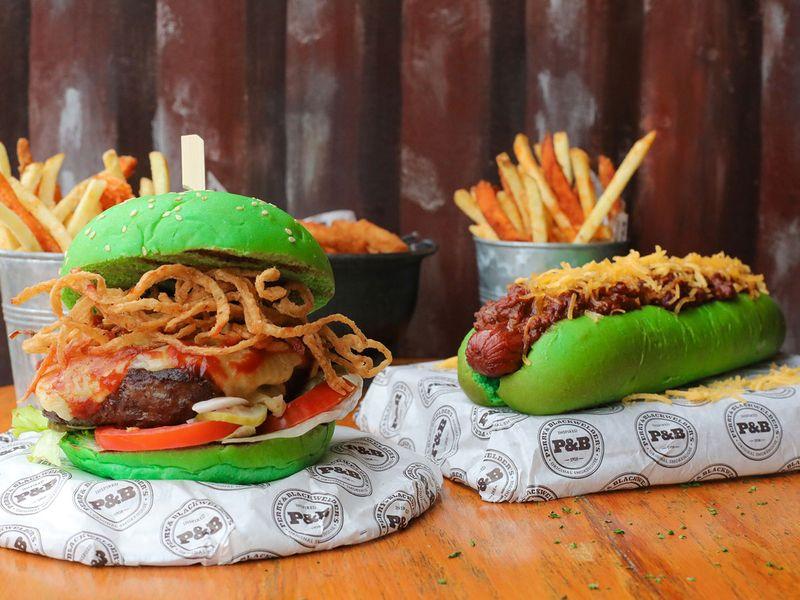 P&B Green burger