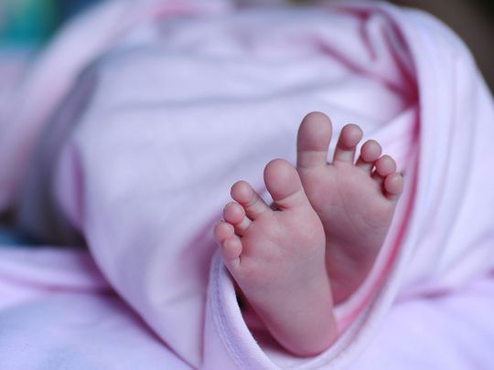baby-1178539_1920 baby girl feet