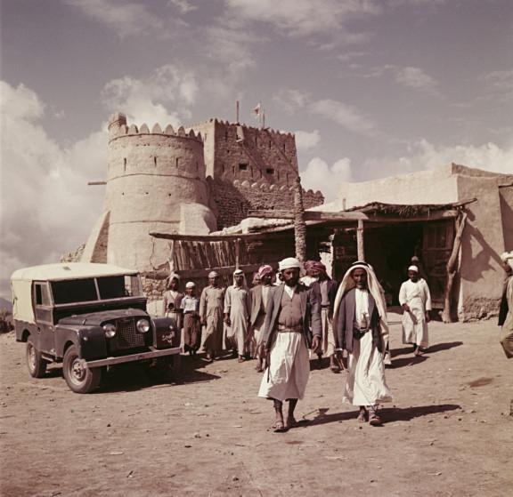 HIPA_Sheikh-Khalifa-bin-Zayed-Al-Nahyan_1960s-1552830669611