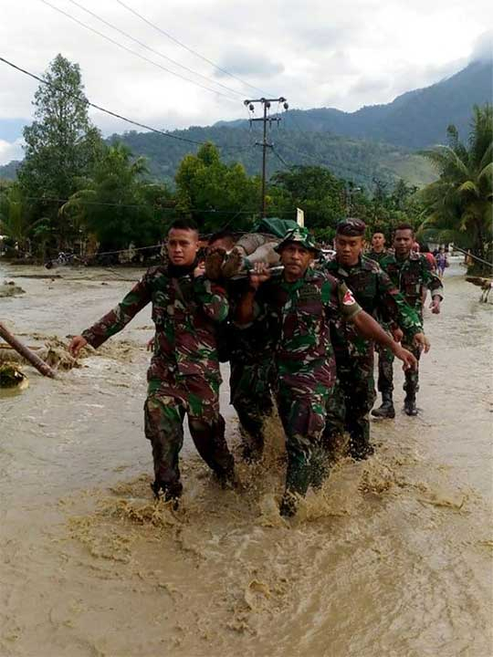Indonesia flood 03