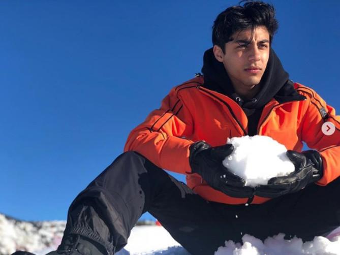 tab--Aryan-Khan-instagram-1552903552082