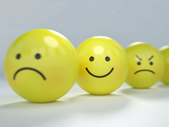 smiley-2979107_1920 happy generic