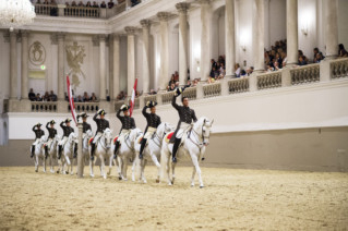 Tab-190324-www-SPANISH-RIDING-SCHOOL-SET-TO-CAPTIVATE-ABU-DHABI-AUDIENCE-WITH-ITS-MIDDLE-EAST-DEBUT-(3)-1553347922688