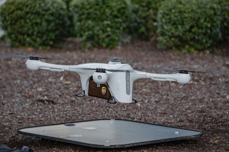 Drone UPS 0111