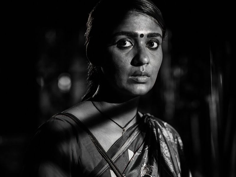 Nayanthara-in-the-role-of-Bhavani-from-Airaa-1553673525521