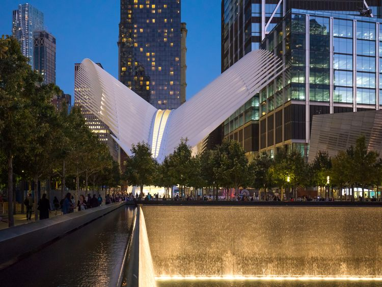 The-World-Trade-Centre-and-View-of-the-Oculus---Image-credit-DBOX-for-Macklowe-Properties-1553778953207