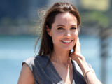 Angelina-Jolie-1553845471743