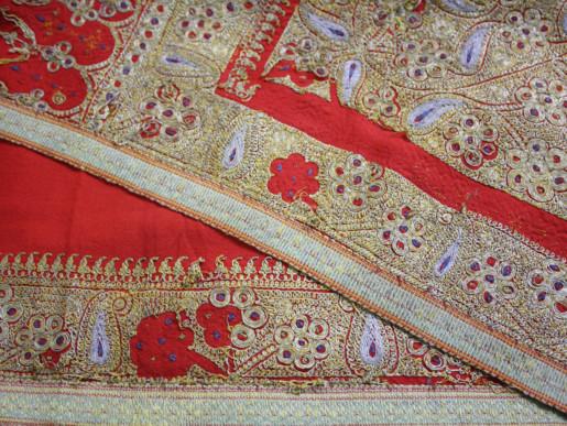 WIN_190322-hand-embroidered_NILIMA2-1554119620750