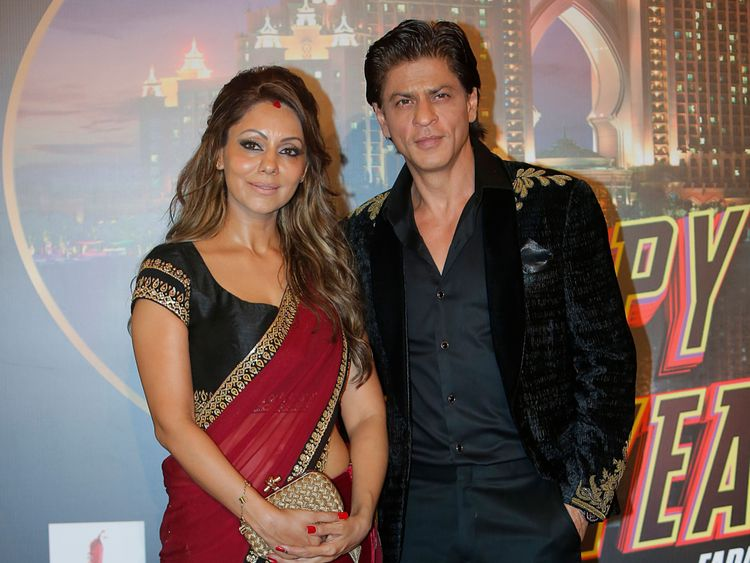 tab_-Shah-Rukh-Khan-and-Gauri-1554105208356