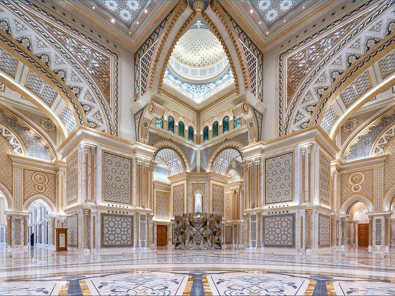 Visiting Qasr Al Watan? Here's the best things to see
