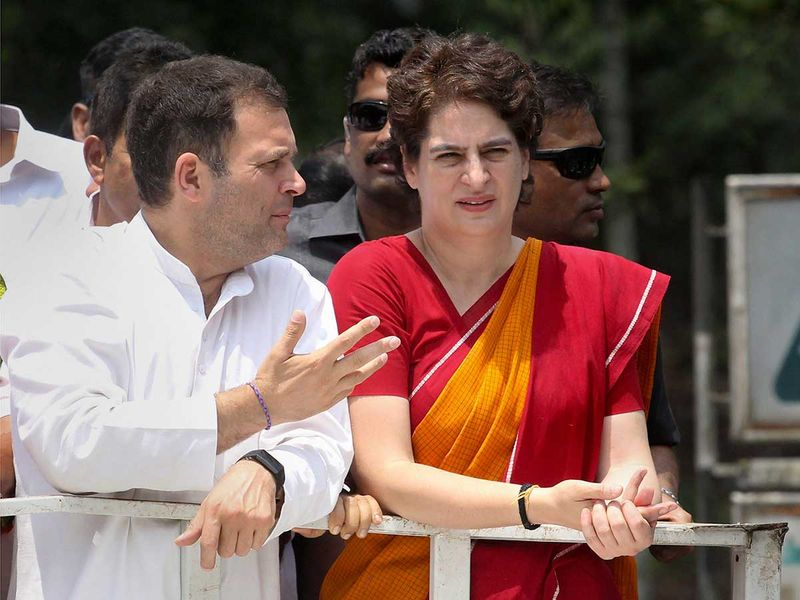 Rahul and Priyanka in Wayanad 20190404