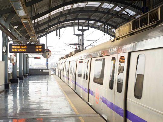 shutterstock_103043099 Delhi Metro train station