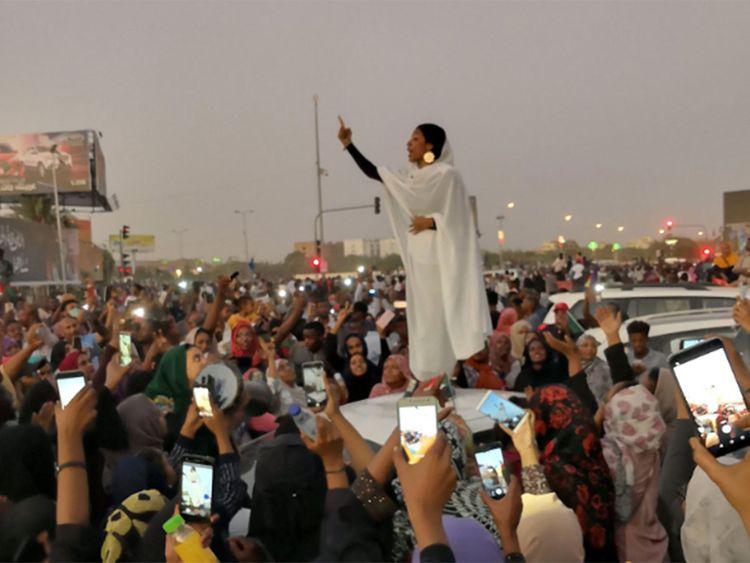20190409_Sudan_women