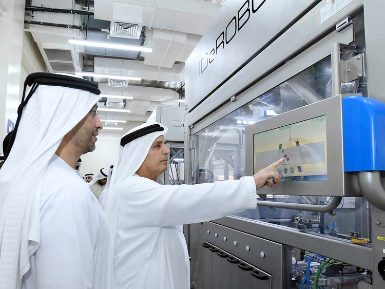 Al Tayer inspecting the number plates factory 20190413