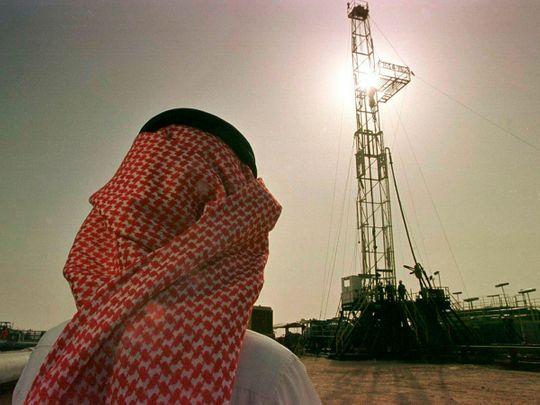 Oil rig, oil field