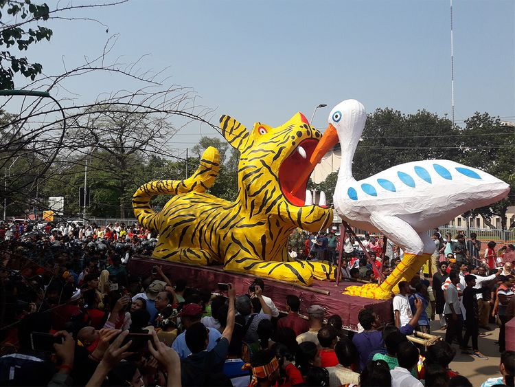 Pomp and ceremony Dhaka ushers in new year