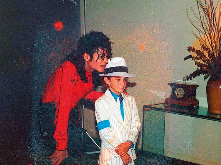 Michael-Jackson-and-Wade-Robson-in-Leaving-Neverland-(Read-Only)