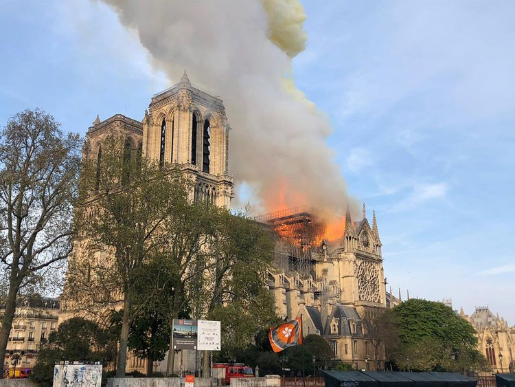 Notre Dame cathedral is burning in Paris 08