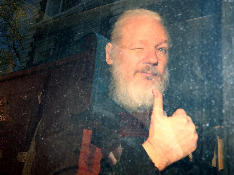 OPN_190415-Julian-Assange-_P--1555334110817