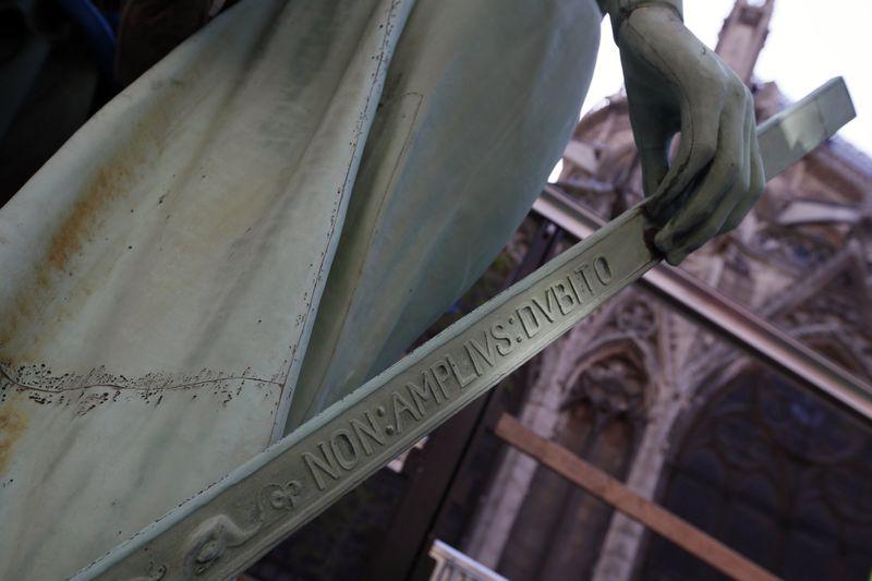 Paris' Notre Dame Cathedral statue representing St. Thomas 08