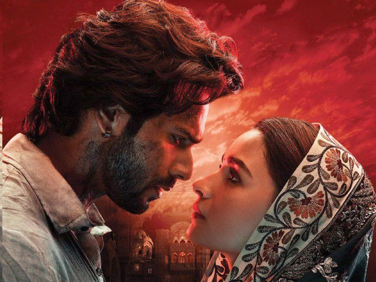 kalank-Alia-and-Varun1-1555336918203