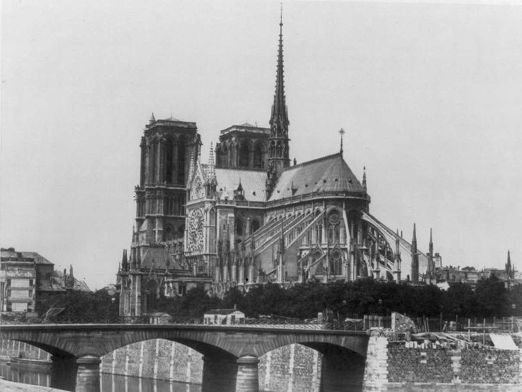 Copy-of-NOTRE-DAME-IMAGES-6-(Read-Only)