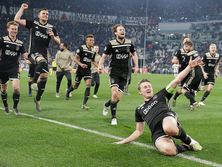 Ajax's Matthijs de Ligt and teammates celebrate