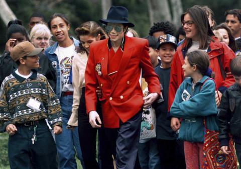 Copy-of-Michael_Jackson_Documentary_95861.jpg-7d9c4-1555494590735