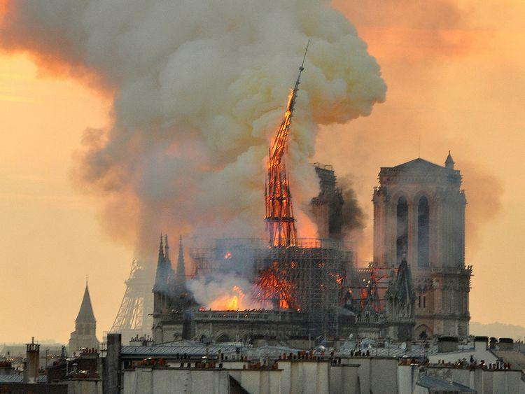France_Notre_Dame_Fire_16294