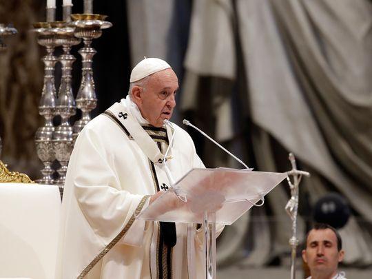 Vatican_Pope_Chrism_55623