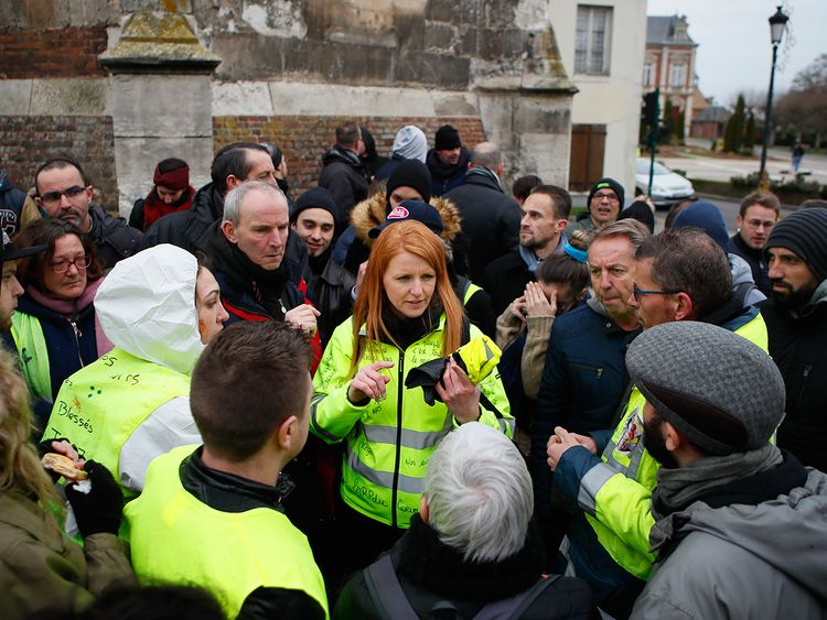 France_Notre_Dame_Yellow_Vests_79417