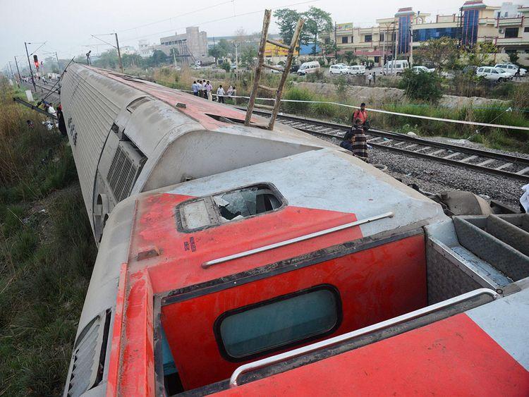 Howrah-New Delhi Poorva Express