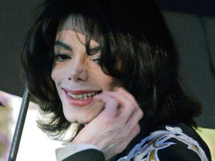 tab_Leaving_Neverland__Michael_Jackson_Documentary_2-1556001588707
