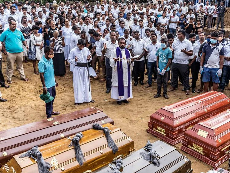 Sri Lanka mass burial