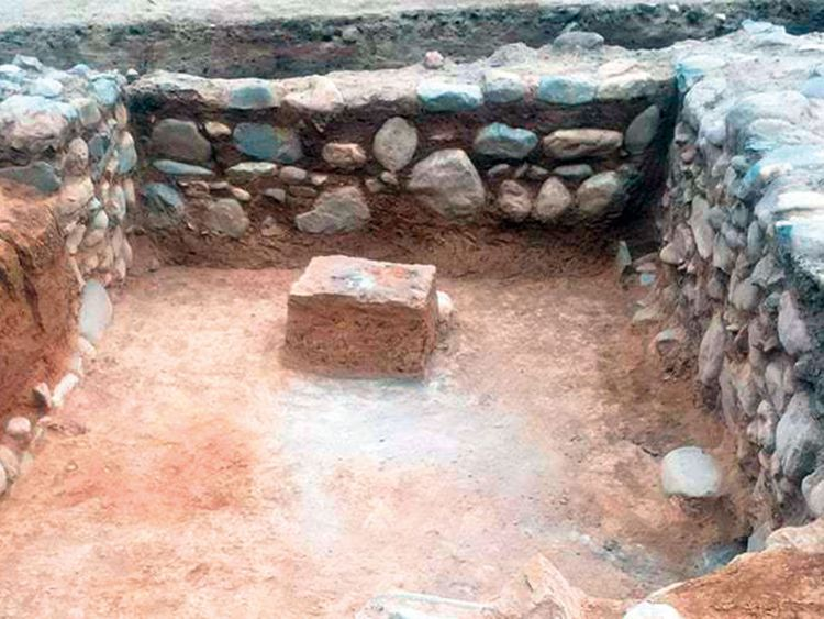 archaeologists-(Read-Only)